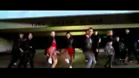Glee - BAD ( official Video tribute .