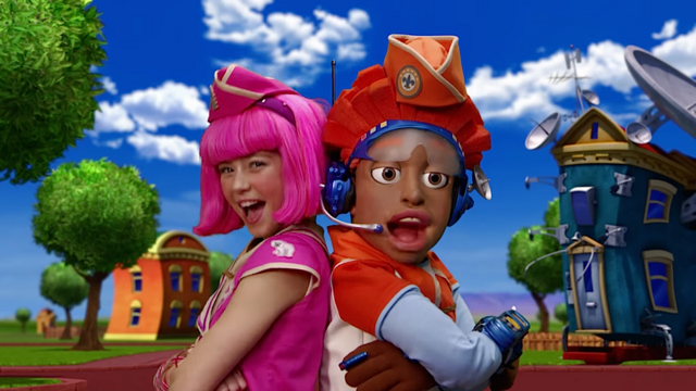 File:Nick Jr. LazyTown Pixel and Stephanie 23 - Scavenger Hunt.png