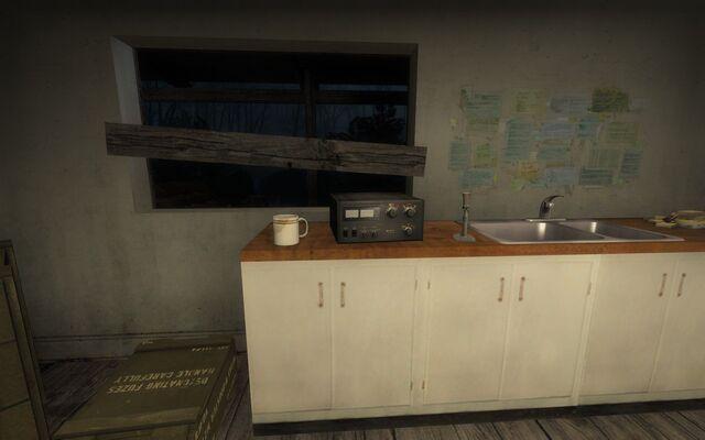 File:L4d smalltown05 houseboat0098.jpg