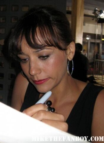 File:Rashida Jones.jpg