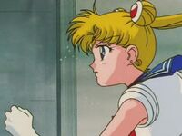Sailor moon hurries