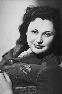 Nancy Wake (1945)