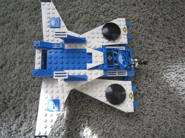 File:1000px-LEGO Today 101.jpg