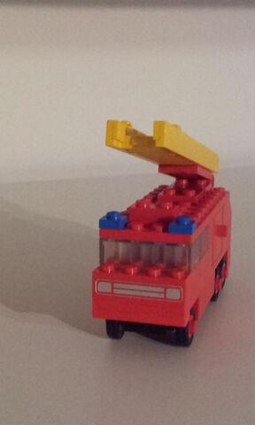 File:620 fire truck3.jpg