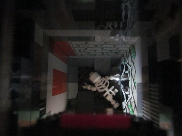 File:ThroneRoom-Skeleton.JPG