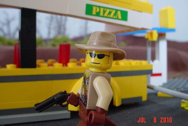 File:LEGO post-apoc scene 7.jpg