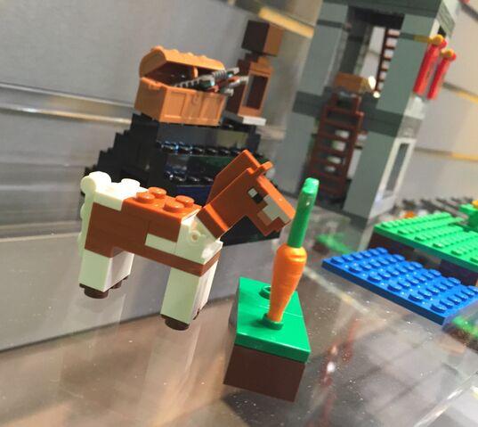 File:LEGOMinecraftHorse.jpg