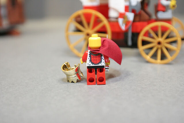 File:LEGO Toy Fair - Kingdoms - 7188 King's Carriage Ambush - 09.jpg