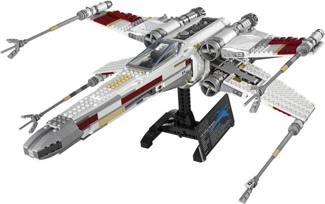 File:10240 Back-Cover-X-wing.jpg