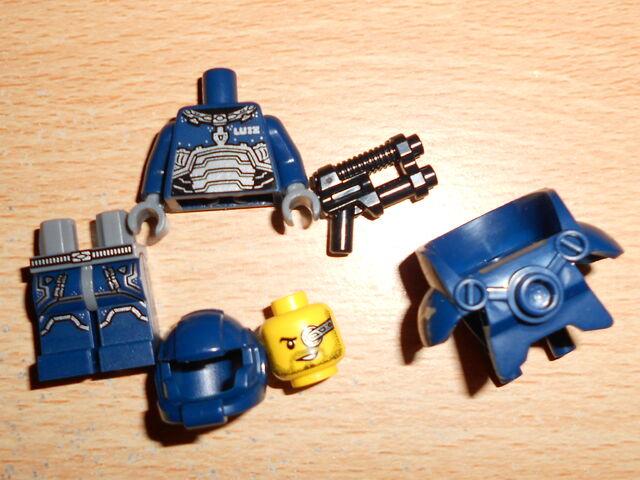 File:Space Marine Parts.JPG