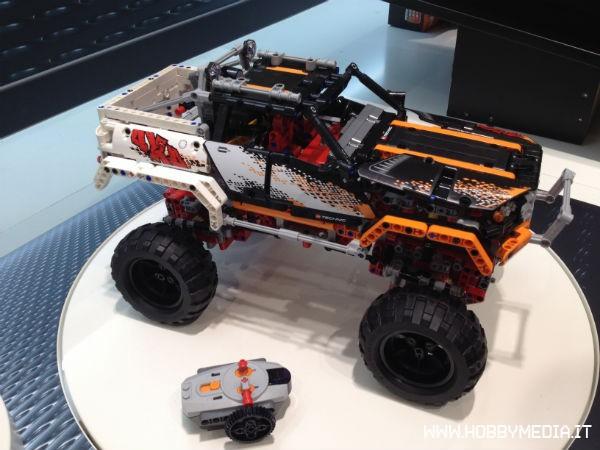 File:Lego-4x4-crawler.jpg