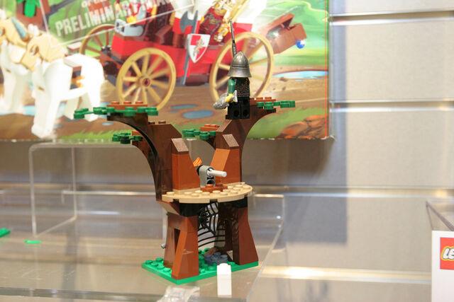 File:LEGO Toy Fair - Kingdoms - 7188 King's Carriage Ambush - 19.jpg
