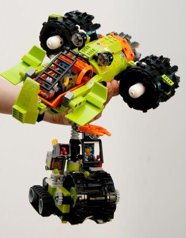 File:Aero Shredder front.jpg