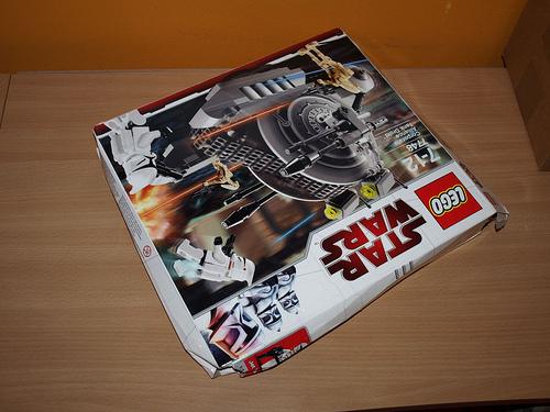 File:Crushed LEGO box.jpg