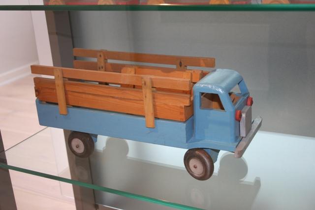 File:Woodtruck5.jpg