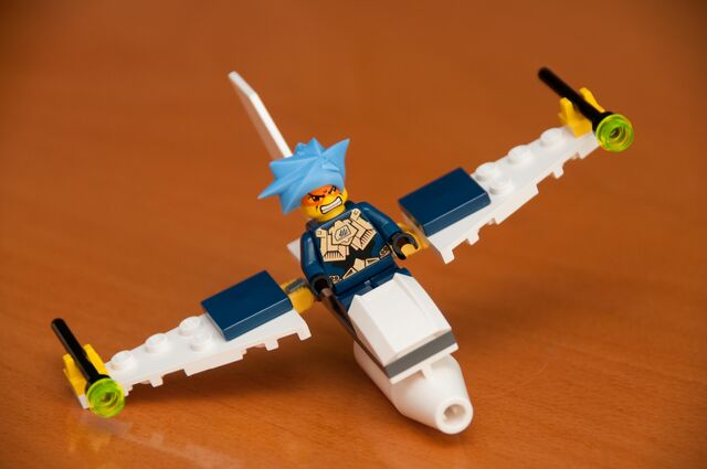 File:3885 Wings horizontal.jpg
