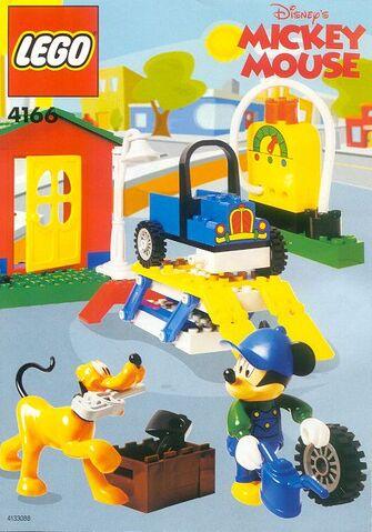 File:4166 Mickey's Car Garage.jpg