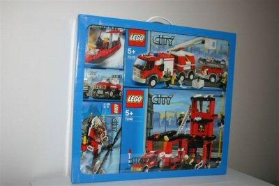 File:65799 City Fire Value Pack.jpg