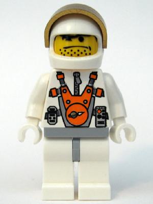 File:MM Astronaut 2.jpg