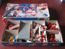040-Basic Building Set in Cardboard