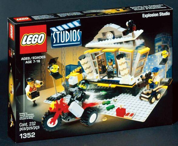 File:1352 box.jpg