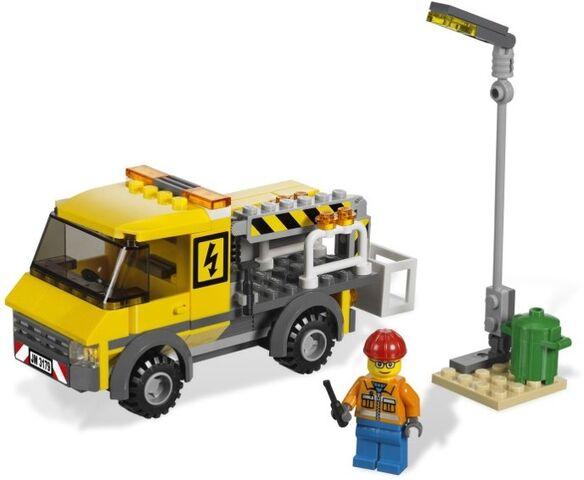 File:Repair Truck.jpg