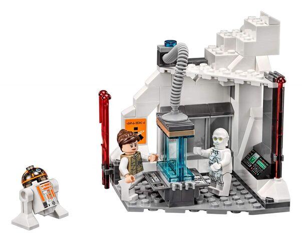 File:75098-Assault-on-Hoth-Toryn-Farr-K-3PO-R3-A2-13-1024x815.jpg