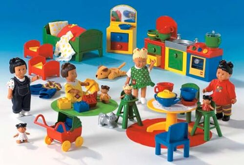 9127 large dolls set