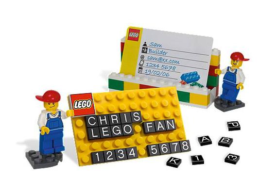 File:LEGO Card holder.png