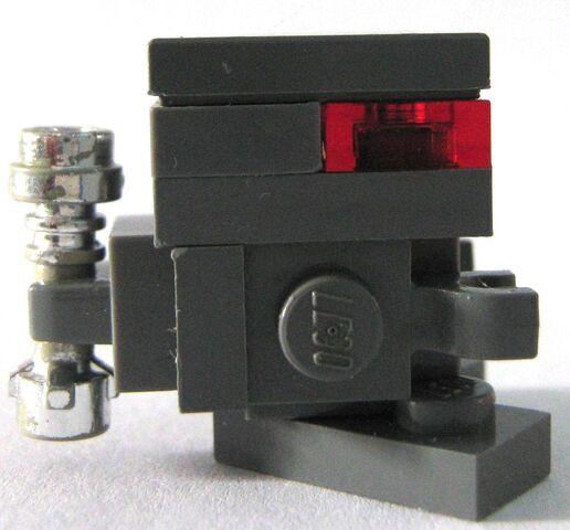 File:P droid (left).JPG