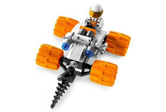 File:7644 Astronaut Vehicle.jpg