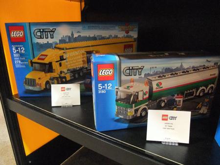 File:Lego truck.jpg