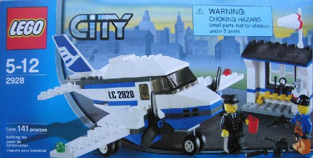 File:2928 Airline Promotional Set.jpg
