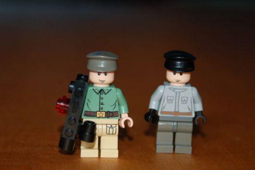 File:Nazi Bazooka Troopers.jpg