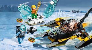 Arctic batman vs mr freeze Aquaman on ice