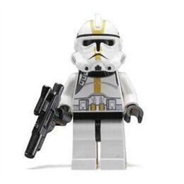 Lego star wars clone trooper yellow-400-400