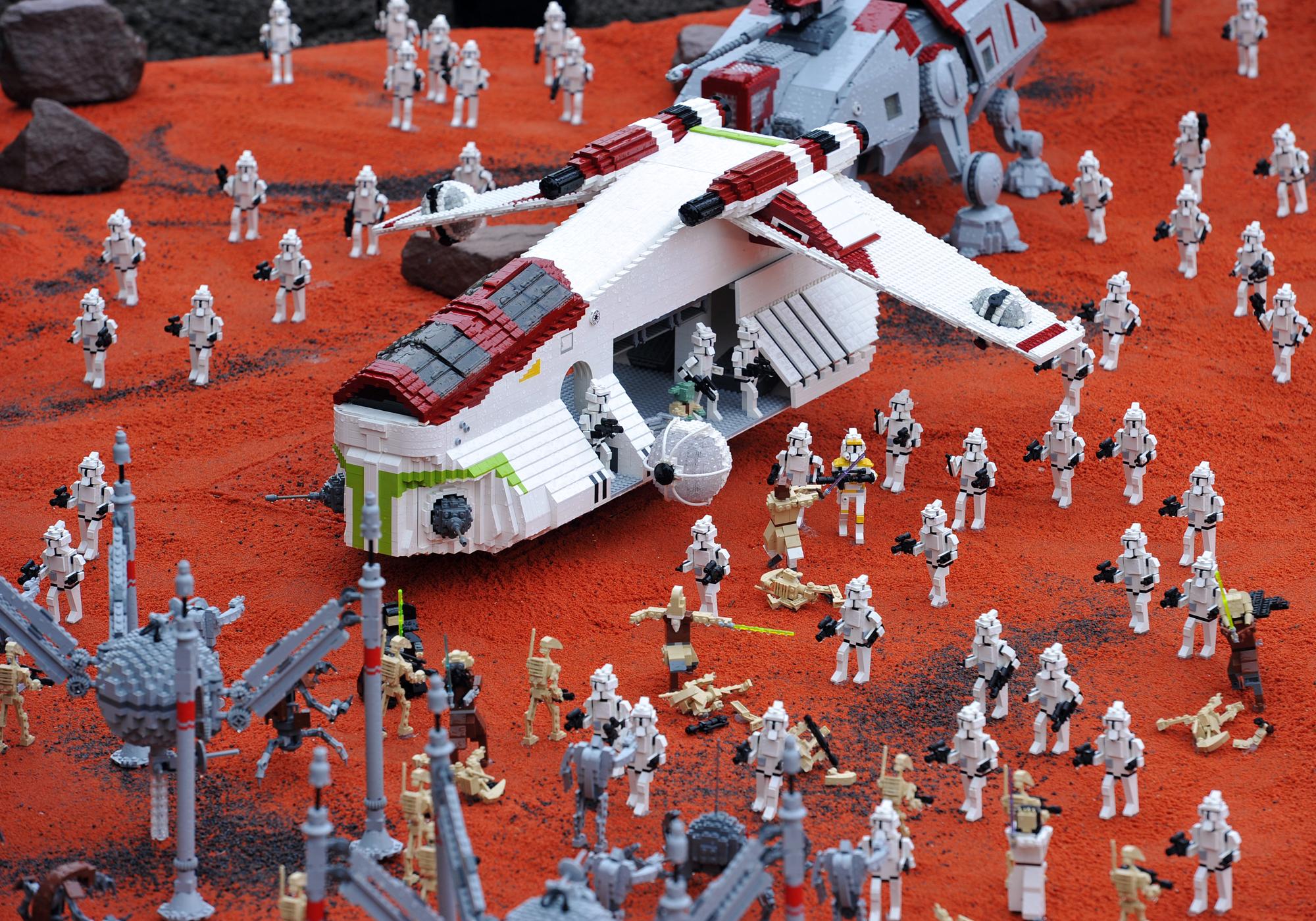 geonosis  lego star wars wiki  fandom poweredwikia