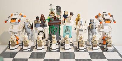 LEGO-Star-Wars-Hoth-Battle-Chess-Set-Rebel-Alliance