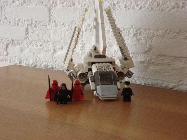 File:7166 Imperial Shuttle.jpg