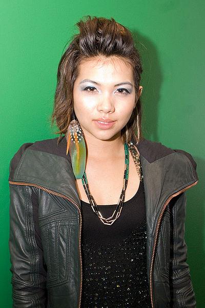 400px-Hayley-Kiyoko 2010-04-30 photoby Adam-Bielawski