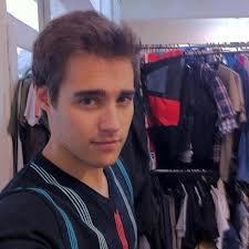 File:Jorge's dressing room.jpg
