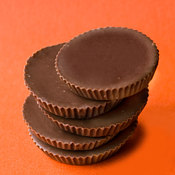 File:Peanut butter cups.jpg