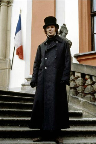 File:Liam-neeson-in-movie-les-miserables-1998.jpg