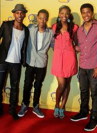 File:Cyrus, Kris, Roxie, Da Bling.jpg