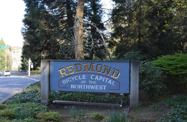 File:Bicycle Capital of the Northwest.jpg