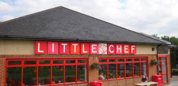 File:Heston-Blumenthal-Little-Chef-Popham-Channel-4-Exterior.jpeg