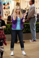 Steal-a-rooney-liv-and-maddie-sept-3