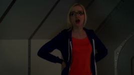 Maddie in the Tunnels (4x05)