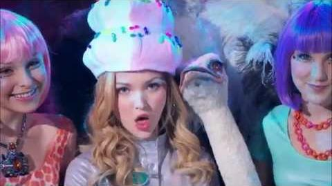 Froyo Yolo - Liv and Maddie - Official Music Video-0