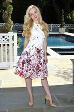 Dove-Cameron-on-the-set-of-a-photoshoot-in-beverly-hills-08-25-2015 1